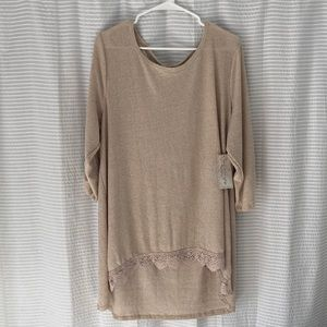 BNWT - French Laundry Women's Top